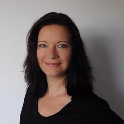 Bettina Schell