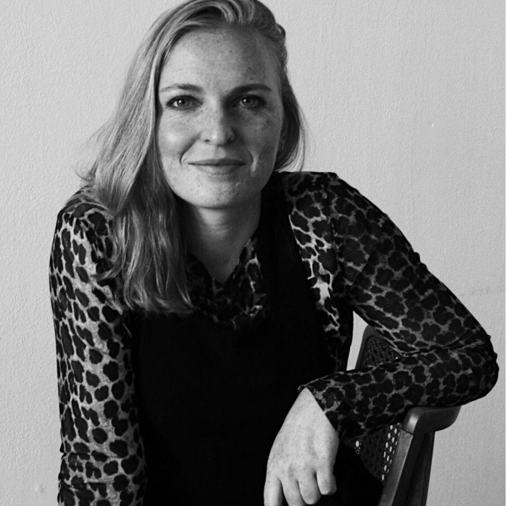 Carina Erhardt Marken Und Medienmanagement Hochschule