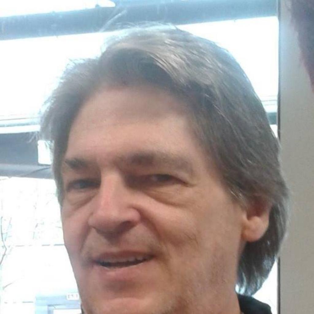 Peter Brueggen's profile picture