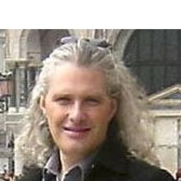 Duncan McTavish - Equipdata - London