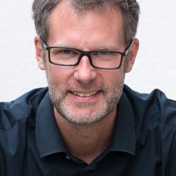 Thomas Theuring - R+V Versicherung - Wiesbaden