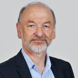 Dr. Hermann Leucker