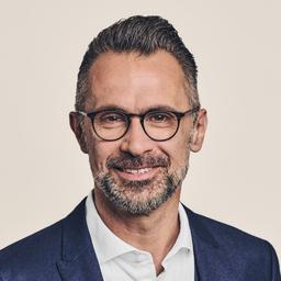 Robert Babic's profile picture