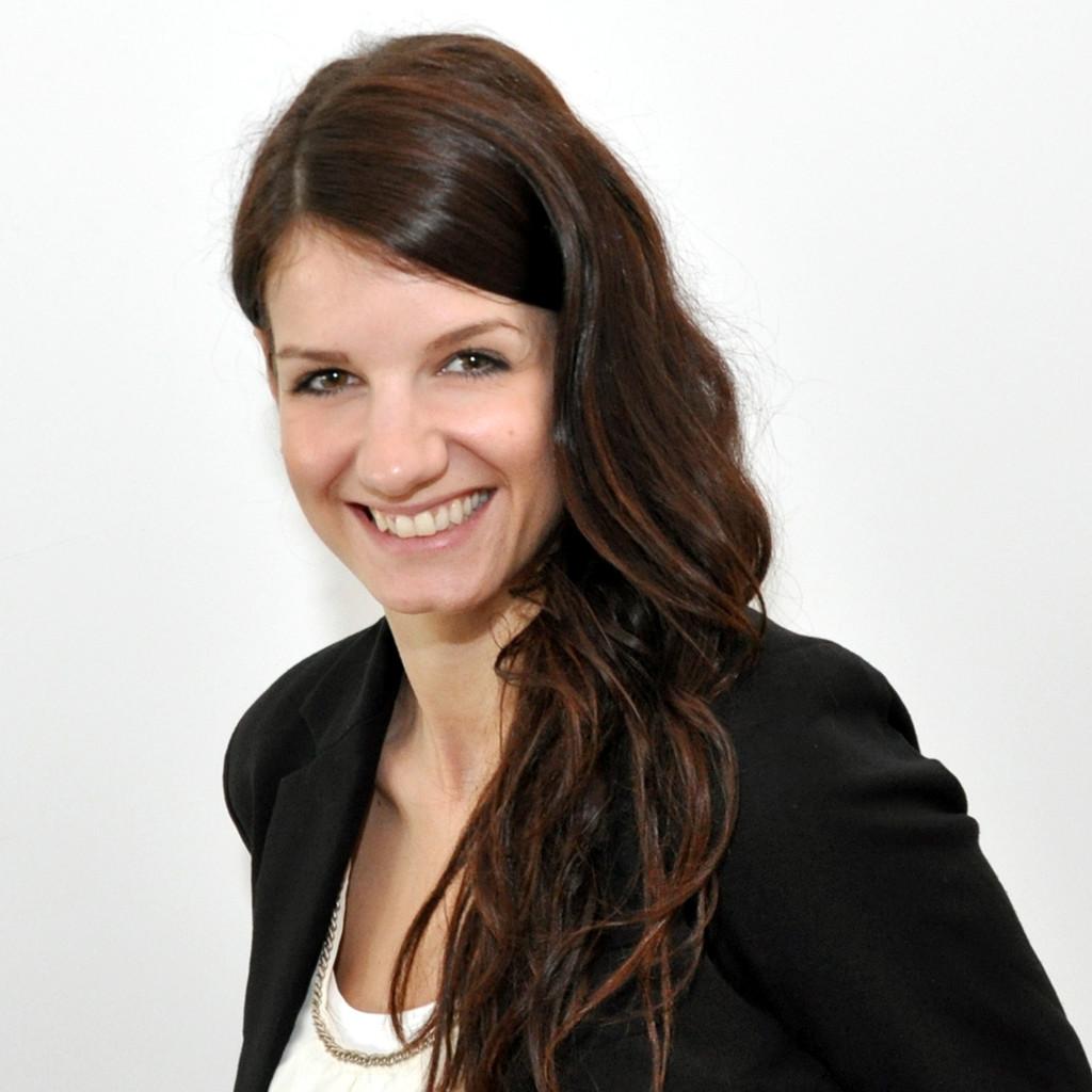 Elisa Neuhauser Ausbildung Und Berufserfahrung Xing
