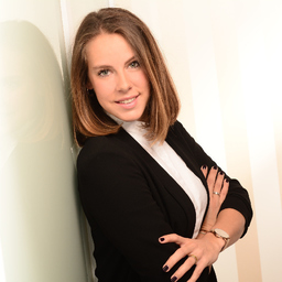 Caroline Lamparter - van Laack GmbH - Mönchengladbach