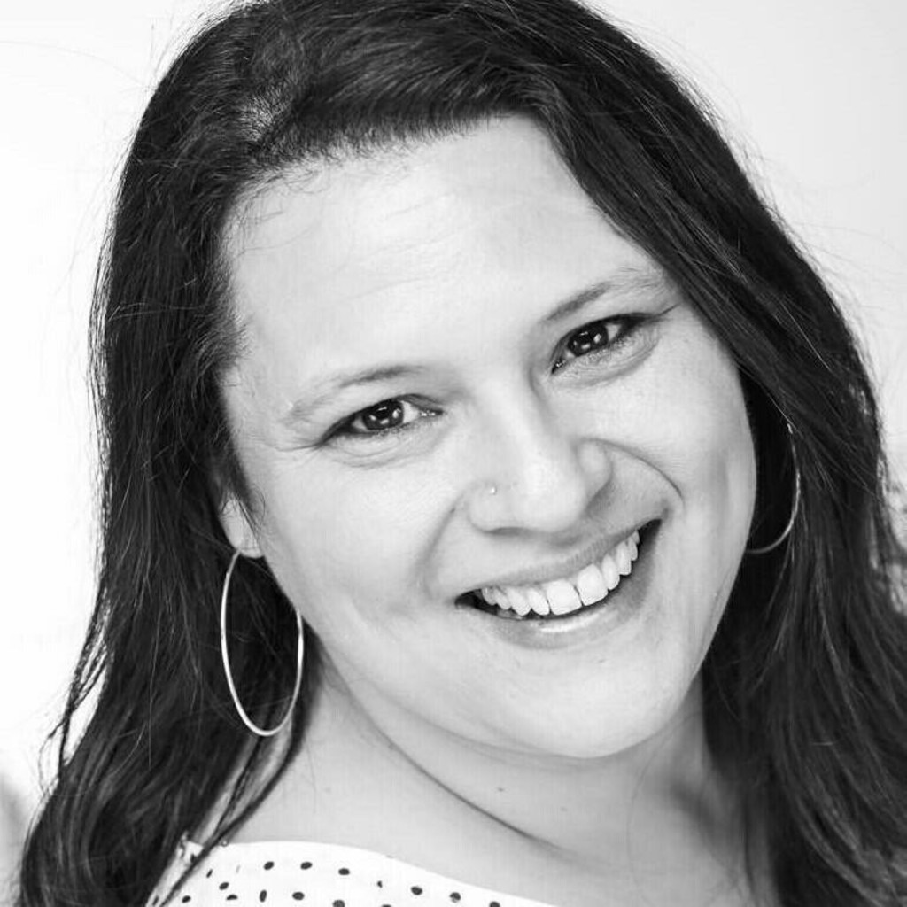 Corinna hommer junior product manager gries deco for Das depot niedernberg