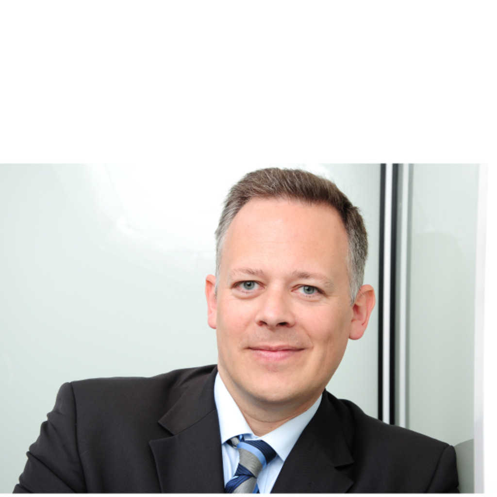 Holger Nowak Senior Business Consultant Bearingpoint