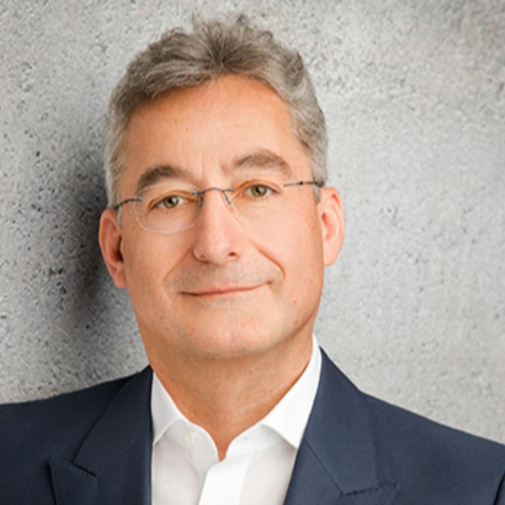 <b>Stefan Kuck</b> - Geschäftsführer/ Partner - Taxilia Steuerberatungsgesellschaft ... - frank-bretag-foto.1024x1024