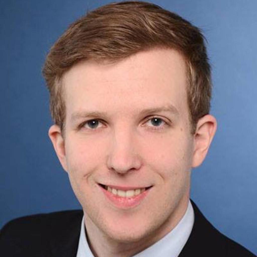 Daniel kalter junior consultant taures gesellschaft for Junior consultant