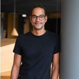 Dr Christopher Blake - Otto (GmbH & Co KG) - Hamburg