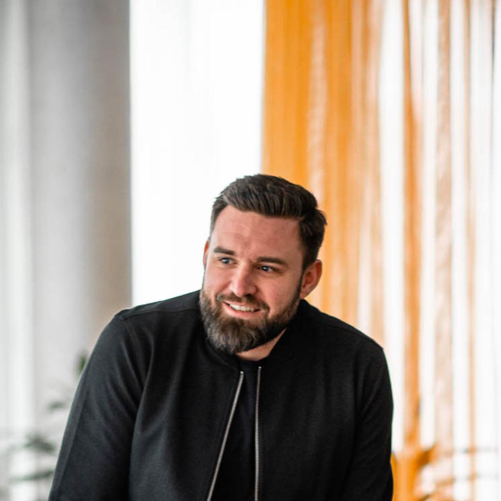 Frederik Dieckmann - Leiter Kongressmanagement - KHC Westfalenhallen GmbH | XING