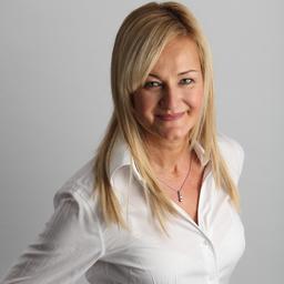 Daniela Thiedemann - TRICONNECT Consulting GmbH - WE CONNECT PEOPLE - Köln