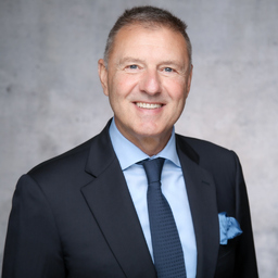 Dr. Stefan G. Adams - Dr. Adams & Associates GmbH & Co KG - Eschborn Ts.