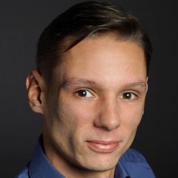 Dominik Bach's profile picture