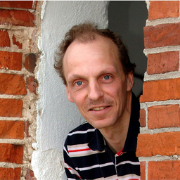 Dr. Rainer Bruns