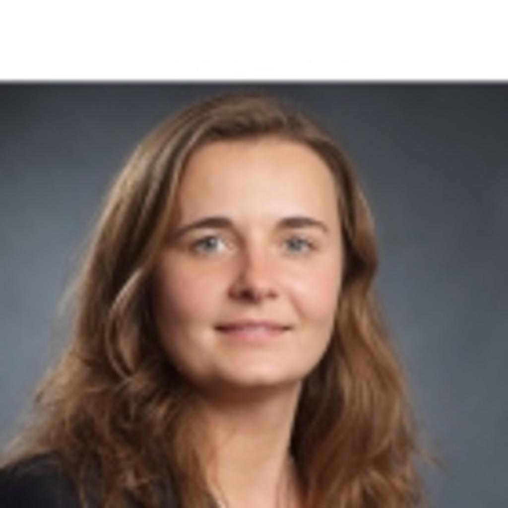 ae3d507676321d Karin Robic - Einkauf Damen - Schuhhaus Siemes Einkaufs-   Beteiligungs  GmbH
