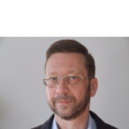 Dr. Tamás Rusznák