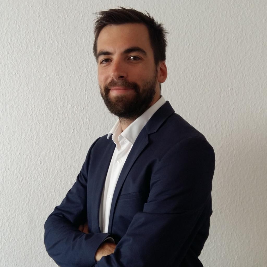Tim j ger consultant sales sd teilprojektleiter for Mediendesign frankfurt