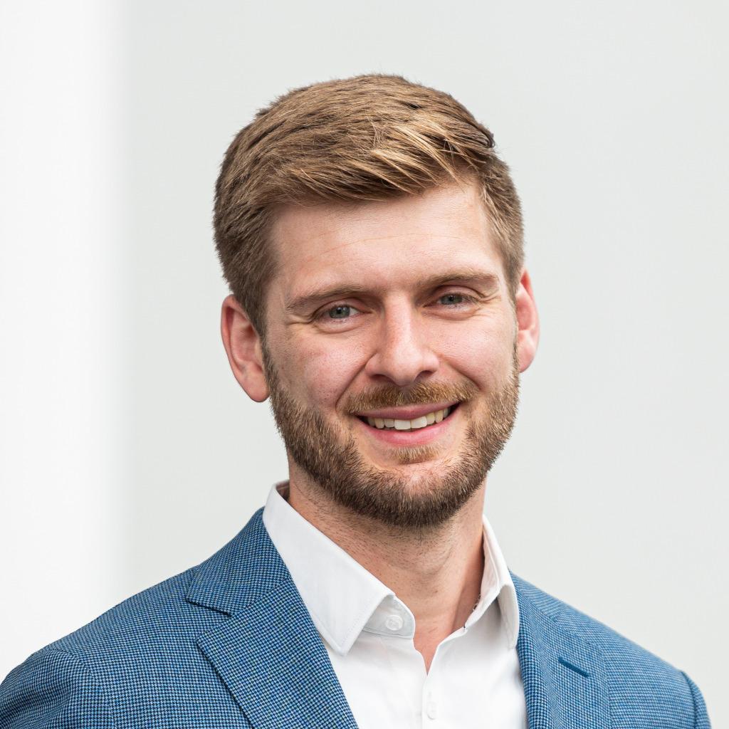 Julian Schmid   Consultant   Digital & Data Driven Marketing   PwC ...