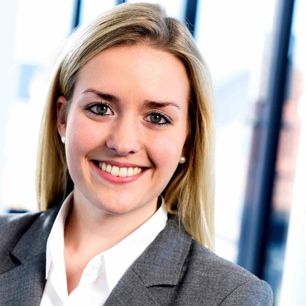 Valentina Rose - Head of Legal Process Outsourcing