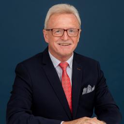 Ing. Maximilian Mairhofer - international consulting & marketing - Vienna