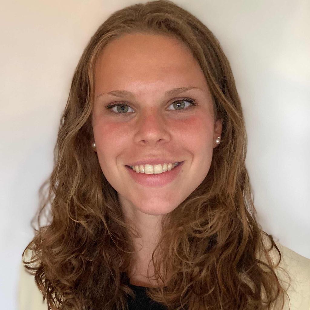 Julia Schneller's profile picture