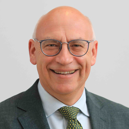 Prof. Dr. Edgar Strauch