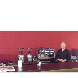 Sakis Giakouvis Barista Inhaber Espressobar Im Audi