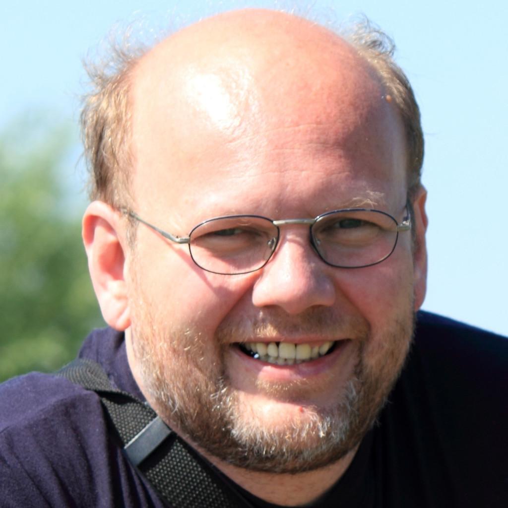 <b>Frank Schwertfeger</b> - Entwickler/Architekt - Itzehoer Versicherungen | XING - frank-schwertfeger-foto.1024x1024