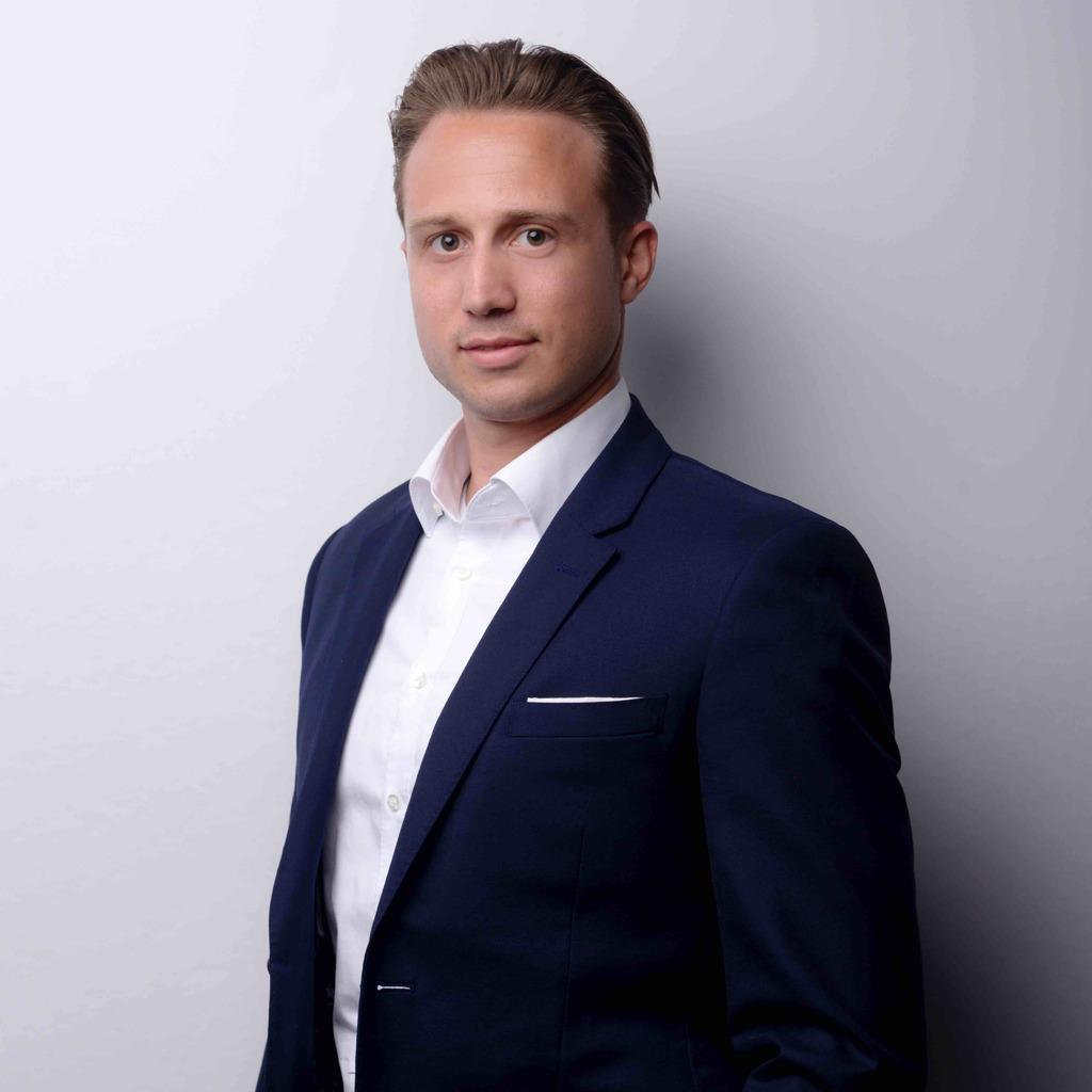 Dominic Schwarz's profile picture
