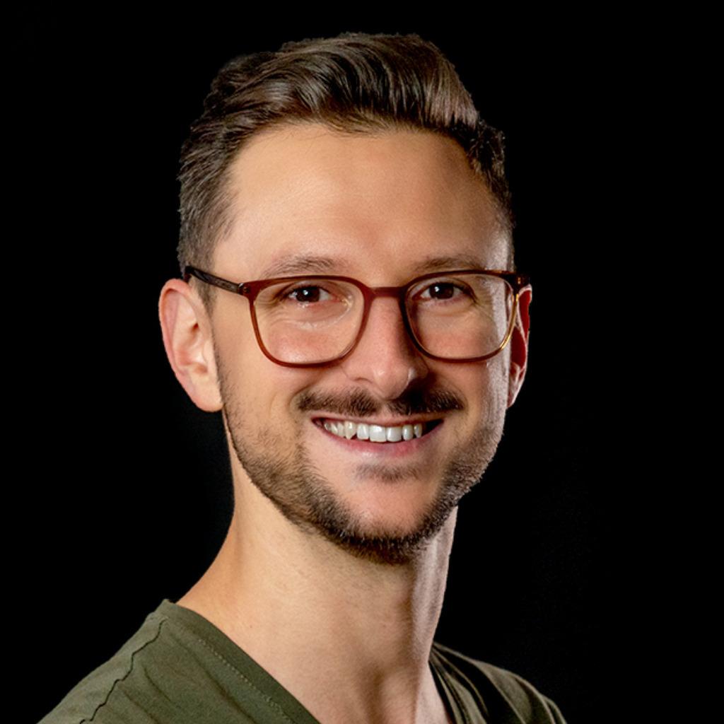Felix roth gesch ftsf hrer kommunikationsdesigner for Produktdesign bonn