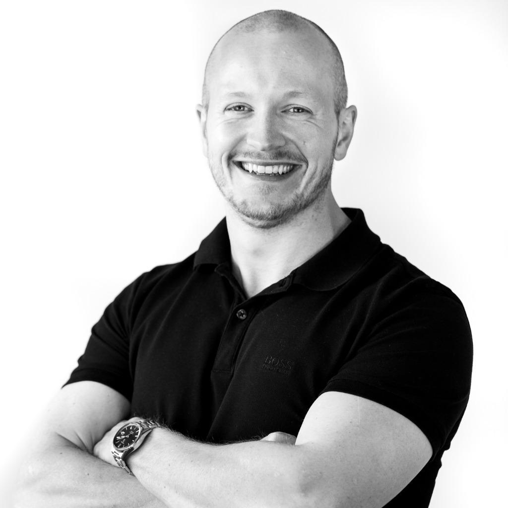 Jonas Volkmann - Principal Consultant / Teamleiter - <b>Elliott Browne</b> ... - sam-swinhoe-foto.1024x1024
