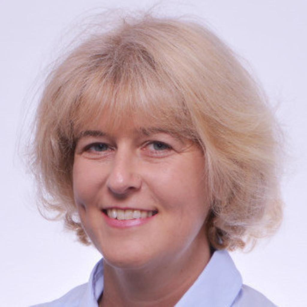 Claudia Brenner - Bilanzierung und Steuern - ÖBB   XING