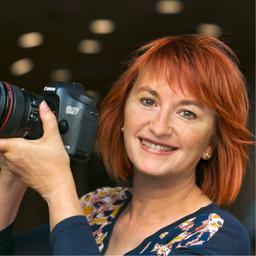 Elisabeth Pfahler-Scharf - Businessfotos mit Persönlichkeit & Frauenfotokurse, Mitglied der Markenbildnerei - München