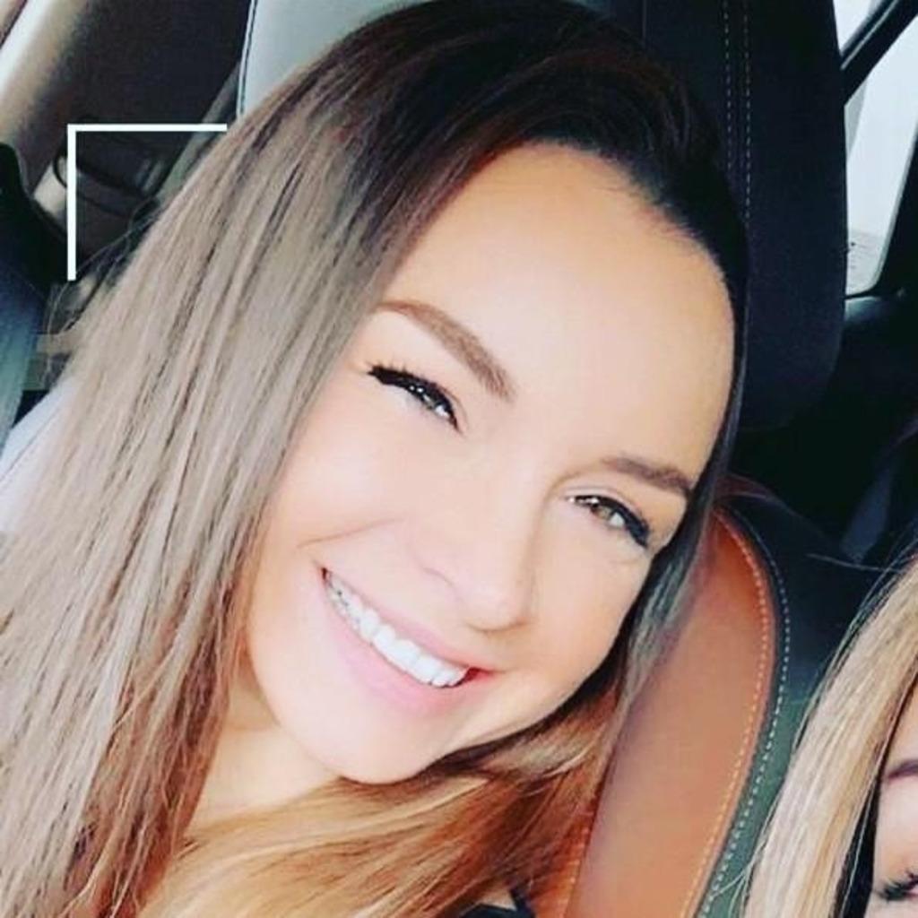 Saskia Hildebrand - Junior Sales Manager Geschäftskunden