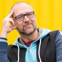 Helmut Niessl - www.leucht-feuer.com - St. Pölten