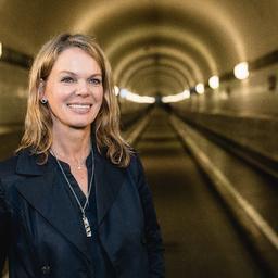 Michaela Schirrmann - DUMONT Media GmbH - Hamburg