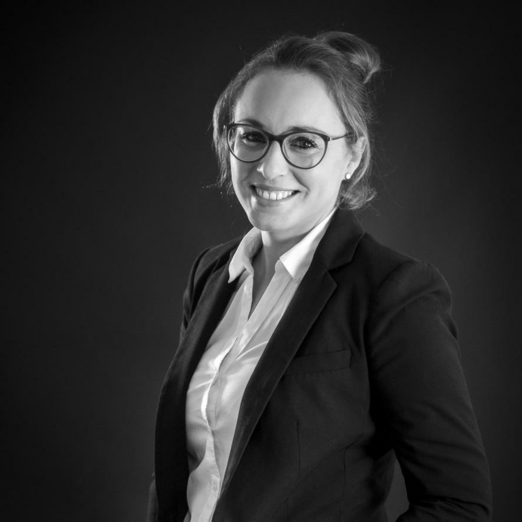 Maren Sander Handlungsbevollmachtigte Sales Specialist Cash Management Commerzbank Ag Xing