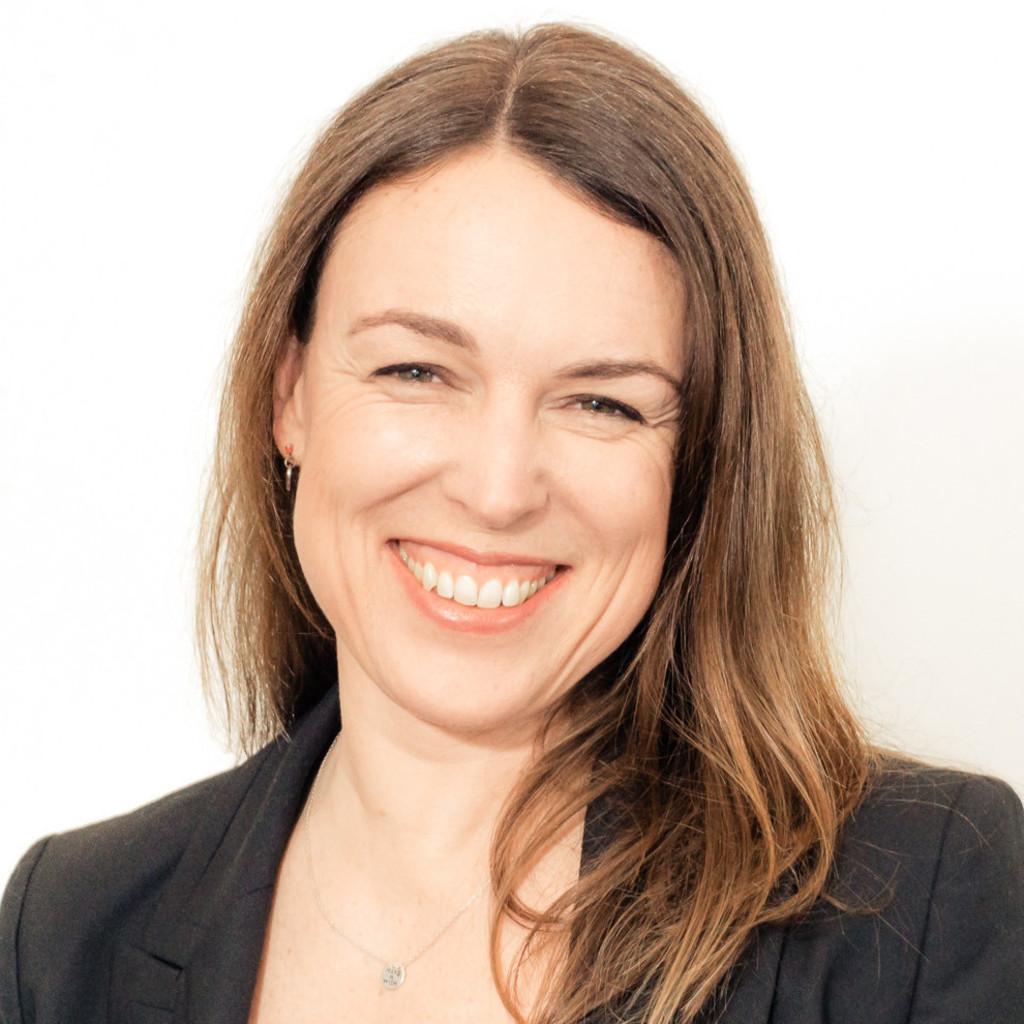 Laura gerritsen emedia director brand consultant for Brand consultant