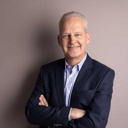 Dr. Jens Büttner