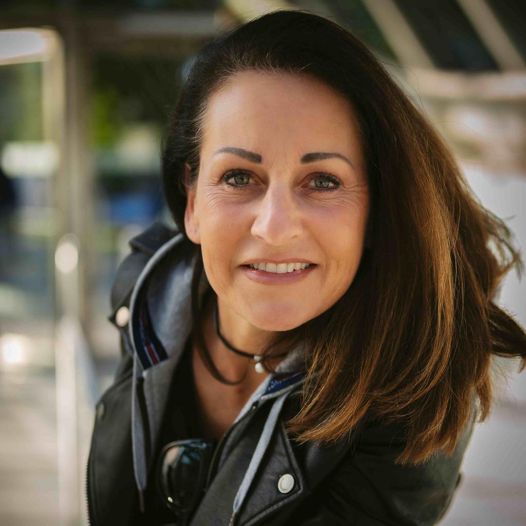 <b>Birgit Rieger</b>-Dierolf - zertifizierter Wundmanager ( ZWM ) & Partnermanager ... - birgit-rieger-dierolf-foto.1024x1024