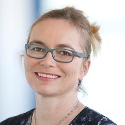 Sonja ziegltrum teubner gesch ftsf hrerin bayerische for Blumen zentrale parsdorf
