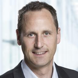 Roger Plüss - Finovo AG - Glattpark (Opfikon)