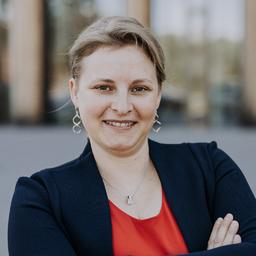 Dr. Carola Rinker