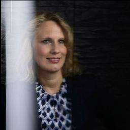 Anne-Karina Wegmann - Deutsche Edelstahlwerke (Unternehmensgruppe Schmolz und Bickenbach) - Essen