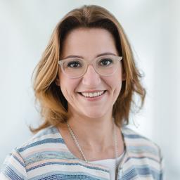 Angela Zeller's profile picture