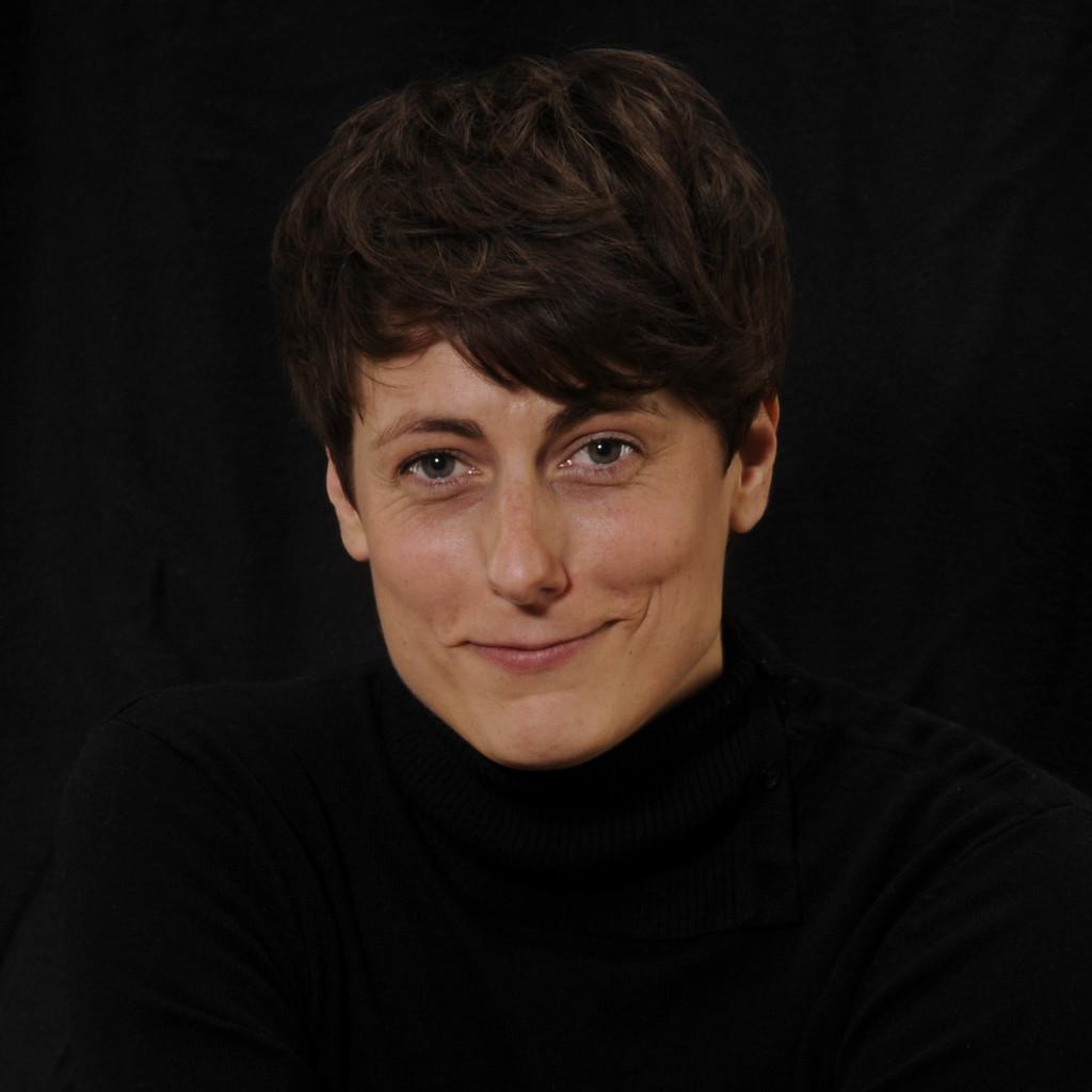 Simone Bernhard's profile picture