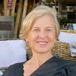 Inis-Janine Klinger - OCKlinger Pte.Ltd. - Sydney