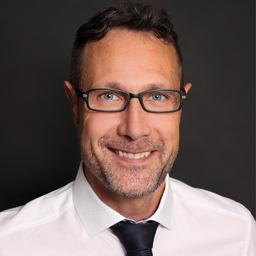 Prof. Dr Jörg Klukas - FOM Fachhochschule für Ökonomie und Management - Dresden