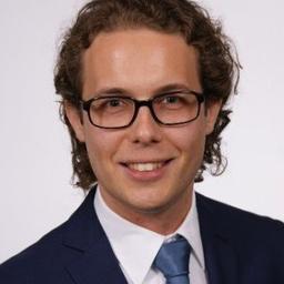 Dr. Mateusz Korus